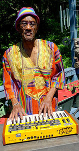 Bernie Worrell is rockin' the Mopho Keyboard